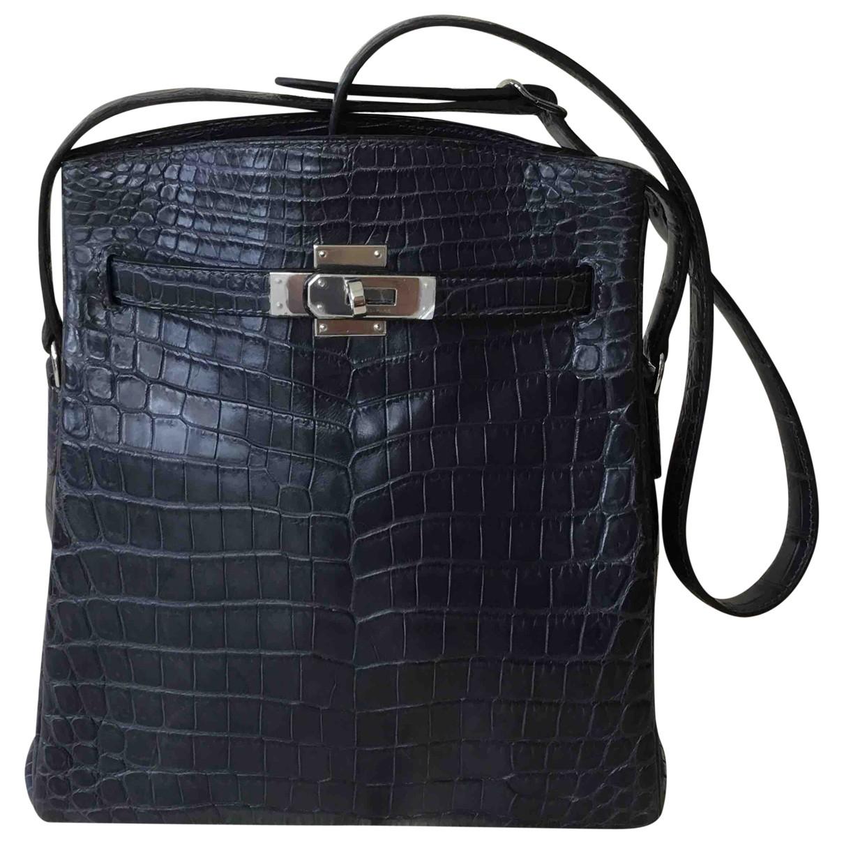 Hermes Kelly Sport Handtasche in  Blau Krokodil