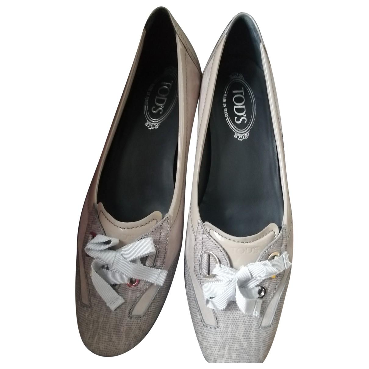 Tods \N Ballerinas in  Beige Leder