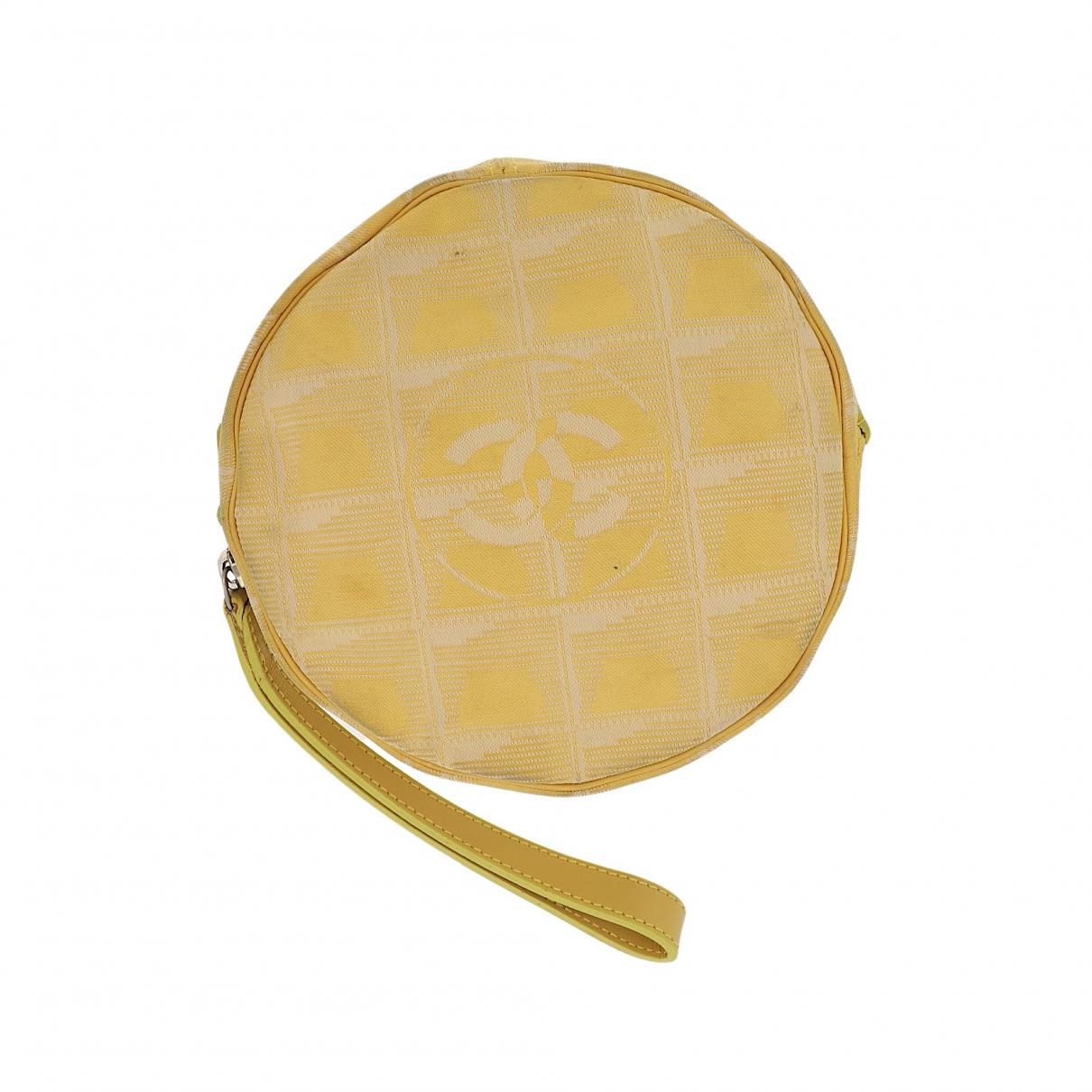 Chanel N Yellow Cloth Clutch bag for Women N