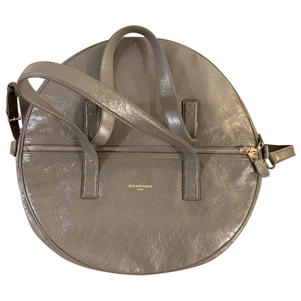 Balenciaga - Sac a main Air Hobo pour femme en cuir - gris