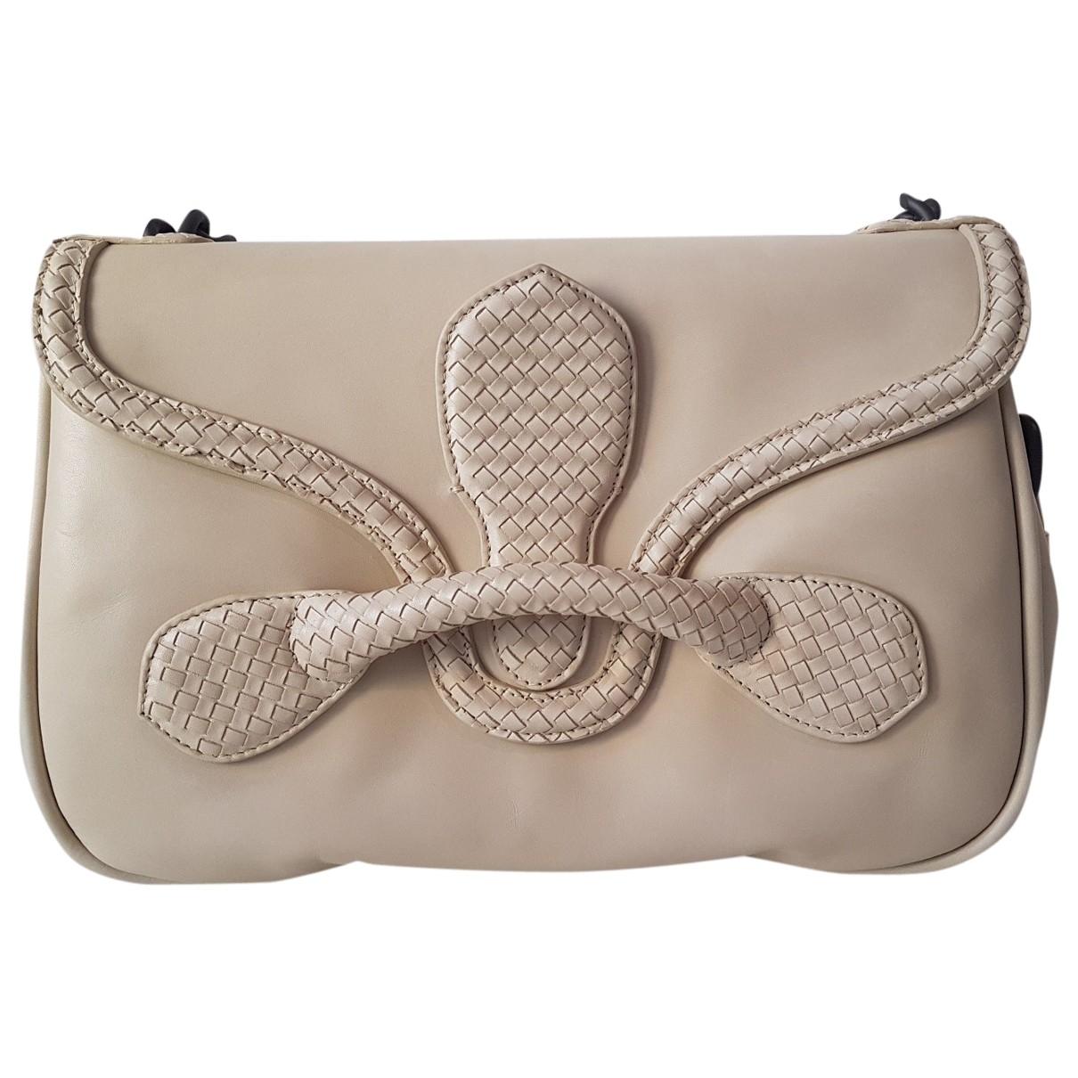 Bottega Veneta \N Handtasche in  Beige Leder