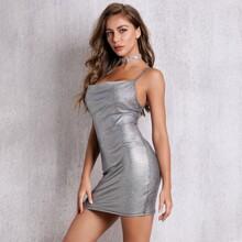 Metallisches figurbetontes Cami Kleid ohne Halsband