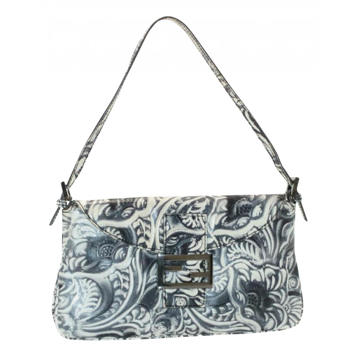 Fendi Baguette Handtasche in  Blau Leder