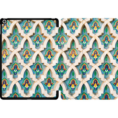 Apple iPad 9.7 (2018) Tablet Smart Case - Moroccan Mosaic von Omid Scheybani