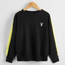 Pullover mit Rentier Stickereien und seitlichen Streifen