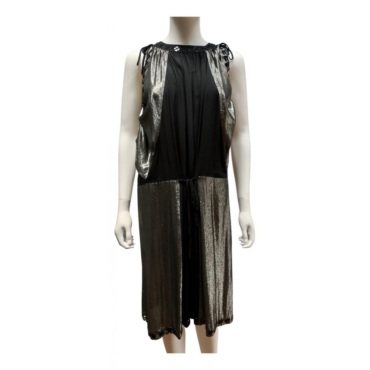 Chloe \N Kleid in  Silber Seide