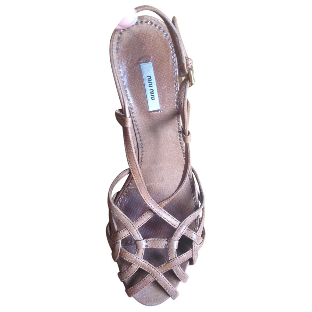 Miu Miu N Beige Leather Sandals for Women 35 EU