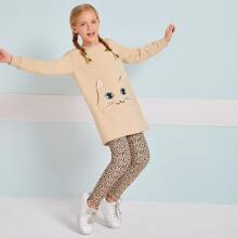 Conjunto pullover con bolsillo con parche con patron de dibujos animados con leggings de leopardo