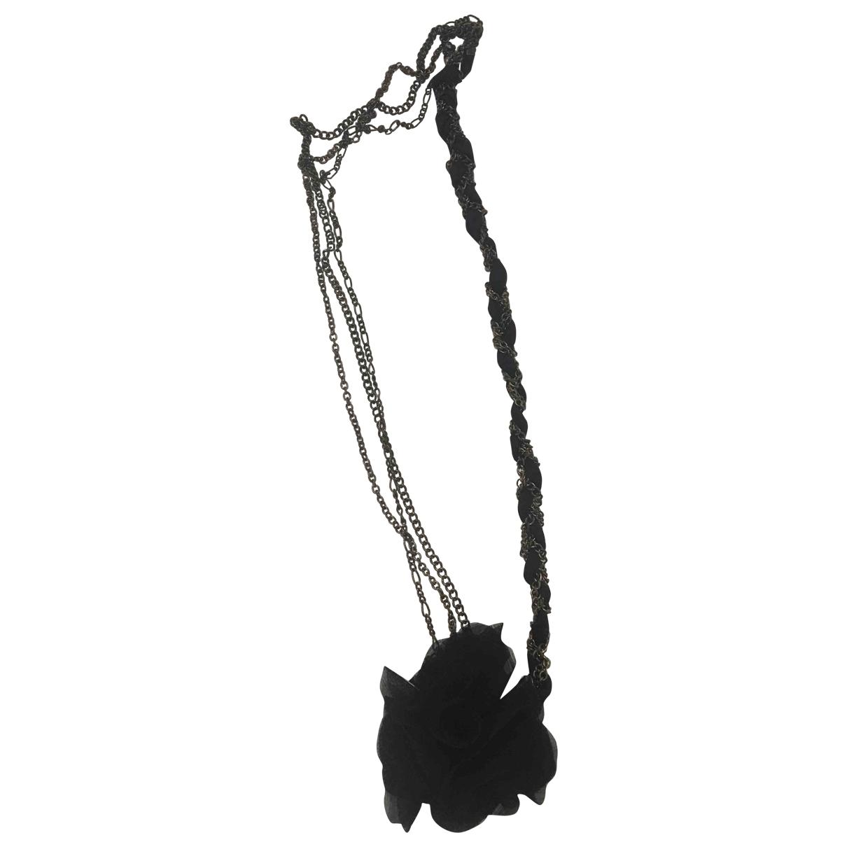 Non Signé / Unsigned Art Déco Black Cloth necklace for Women \N