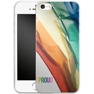 Apple iPhone 5 Silikon Handyhuelle - Rainbow Flag von caseable Designs