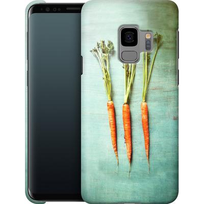 Samsung Galaxy S9 Smartphone Huelle - Three Carrots von Joy StClaire