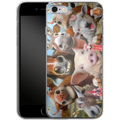 Apple iPhone 6 Silikon Handyhuelle - Farm Selfie von Howard Robinson