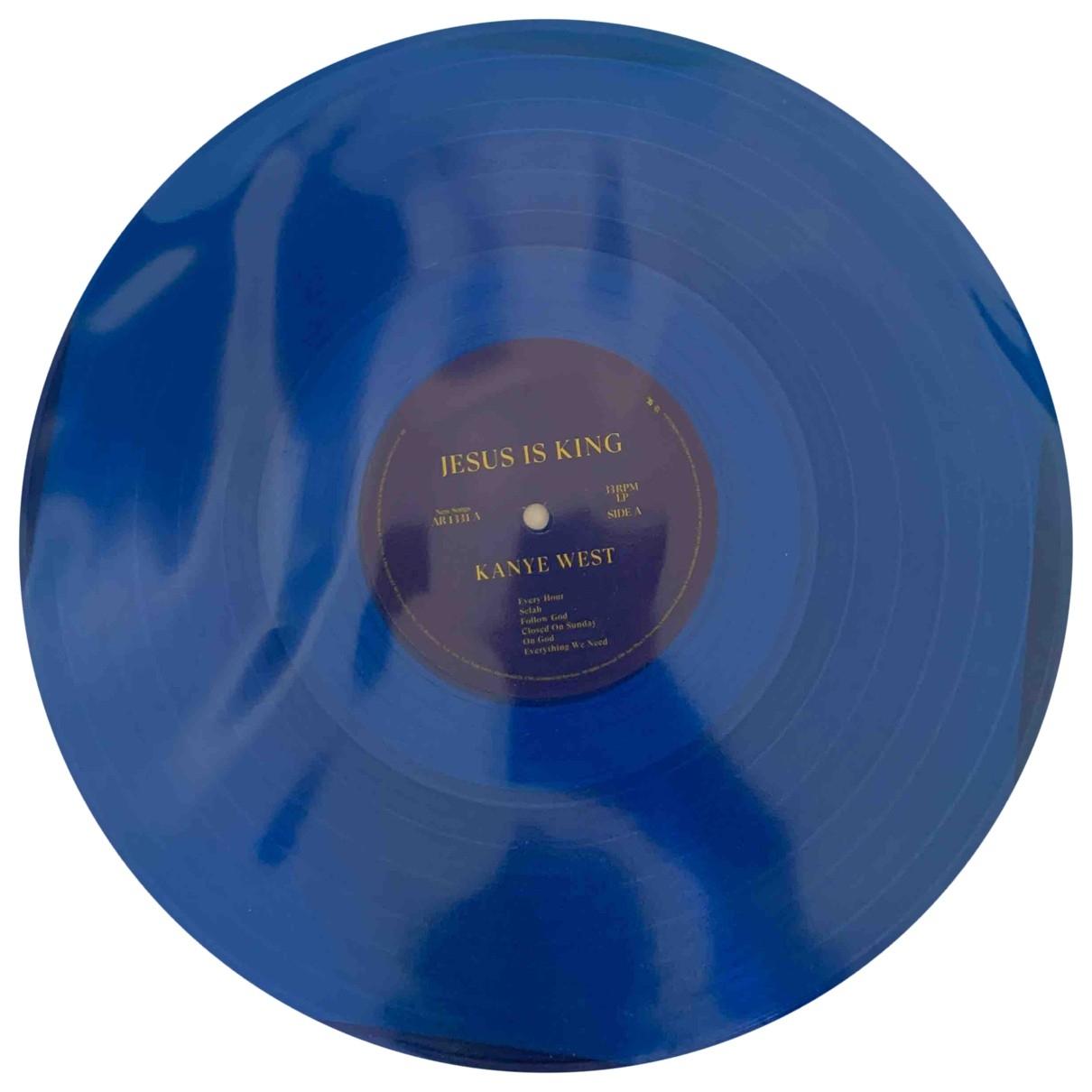 Non Signe / Unsigned \N Kunst in  Blau Kunststoff