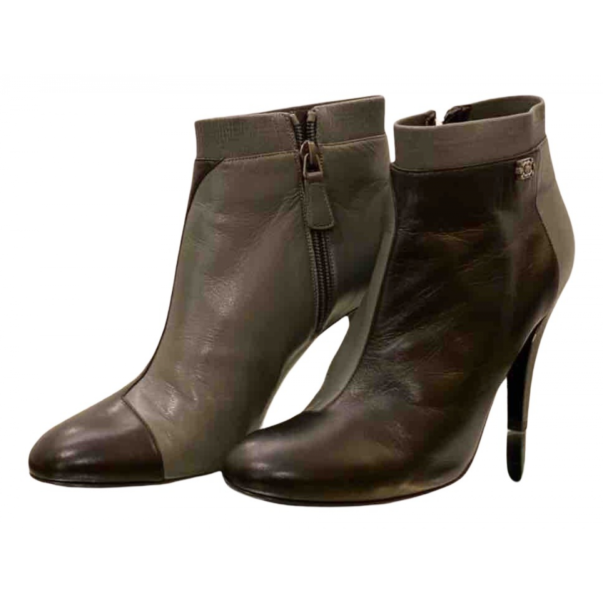 Chanel - Boots   pour femme en cuir - gris