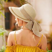 Sombrero de paja con diseño de lazo de rayas