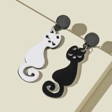 Ohrringe mit Karikatur Katze Dekor
