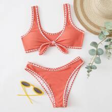 Bikini Badeanzug mit Ziernaht und Knoten vorn