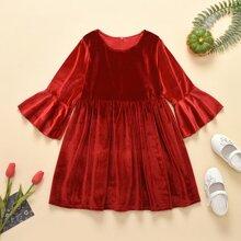 Samt Kleid mit Schosschenaermeln