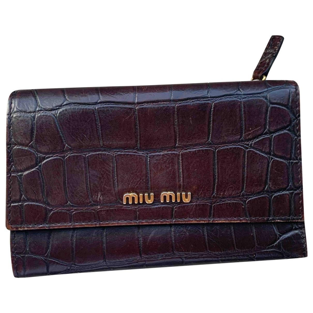 Miu Miu \N Portemonnaie in  Braun Leder