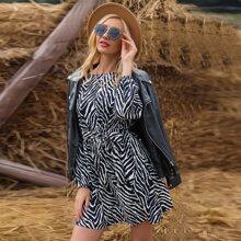 Kleid mit Zebra Streifen und Guertel