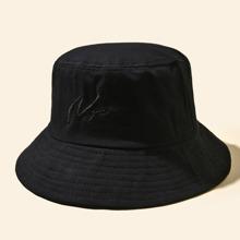 Sombrero cubo con bordado