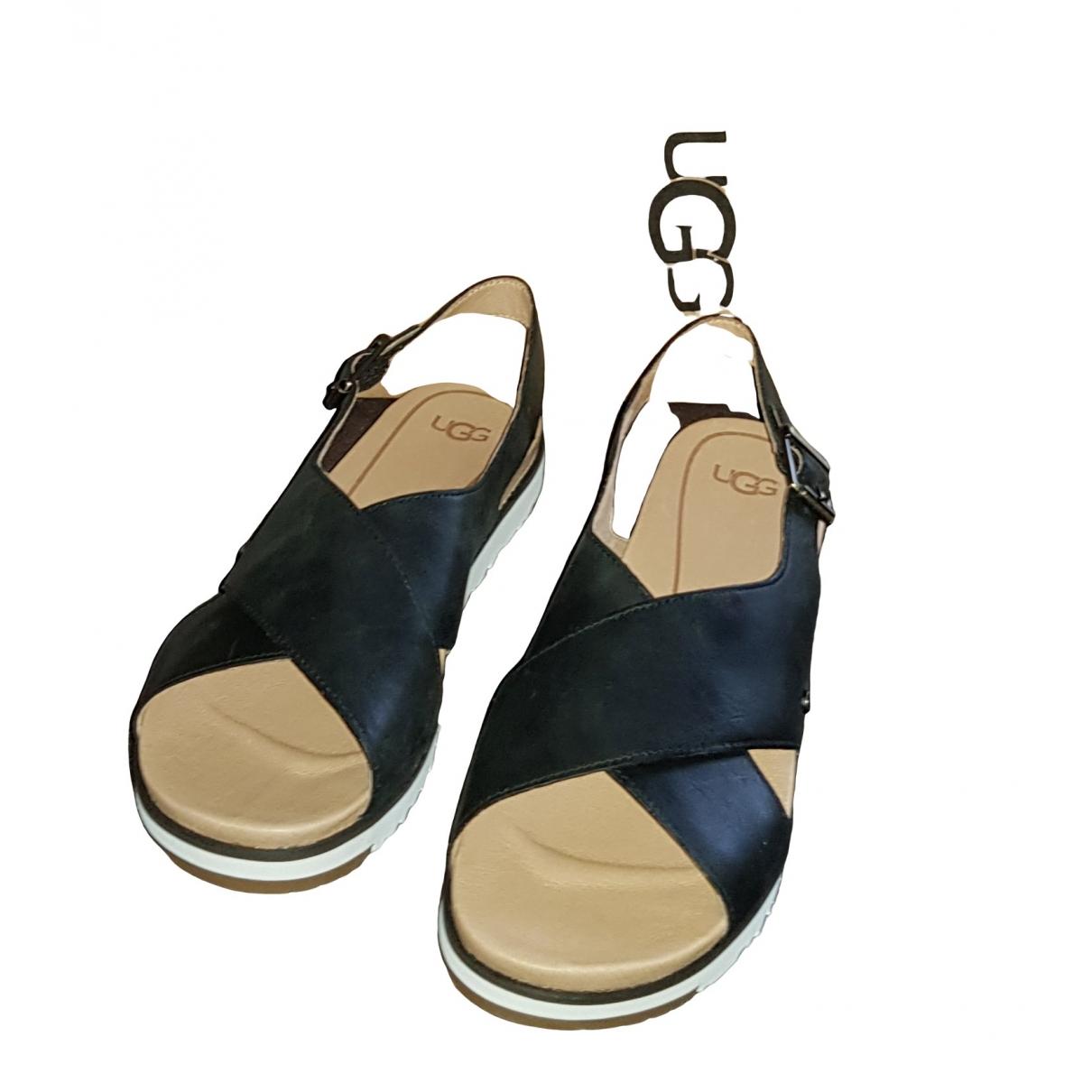 Ugg \N Black Leather Sandals for Women 39 EU