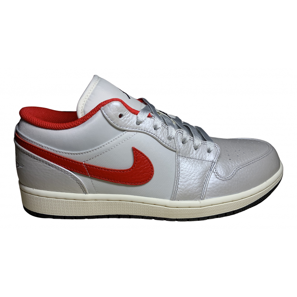 Jordan Air Jordan 1  Metallic Leather Trainers for Men 44 EU