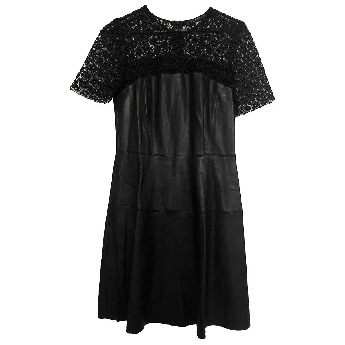 Mini vestido de Cuero Zara