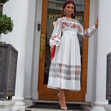 Kleid mit Spitzen Einsatz, Laternenaermeln, Stickereien und Guertel