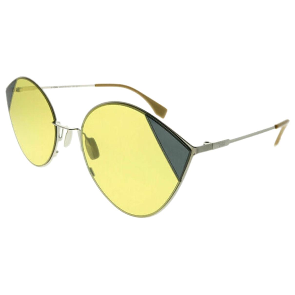 Fendi \N Sonnenbrillen in  Gelb Metall
