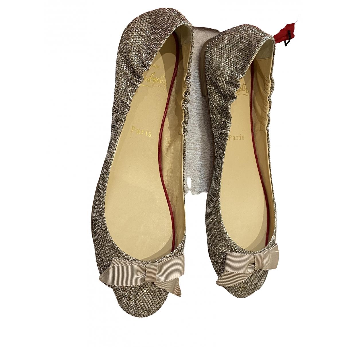 Christian Louboutin \N Gold Cloth Ballet flats for Women 36.5 EU