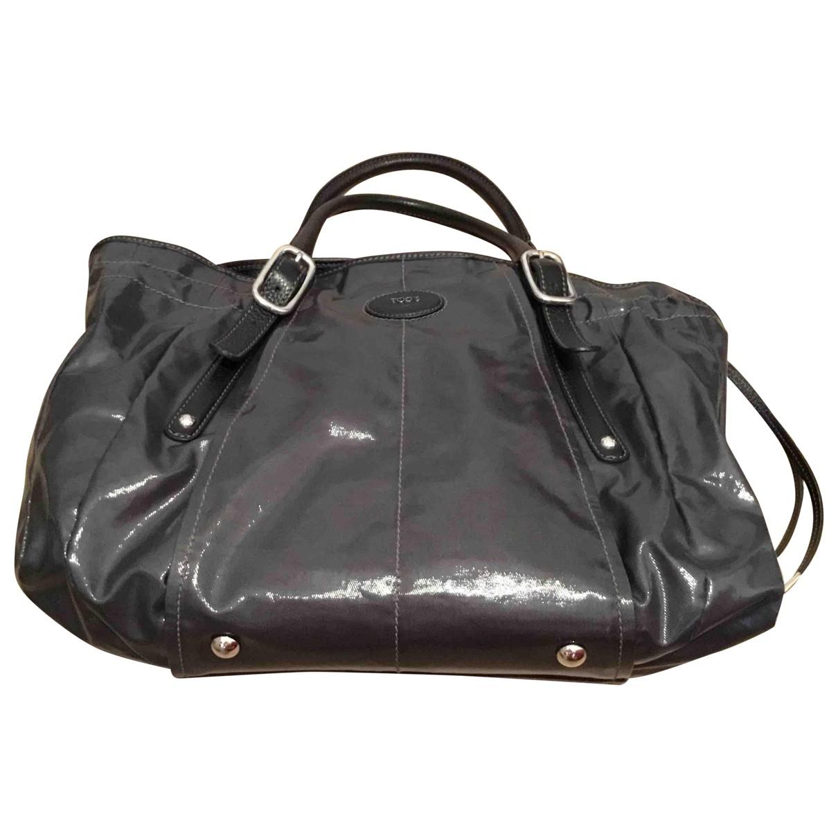 Tod's \N Handtasche in  Grau Lackleder