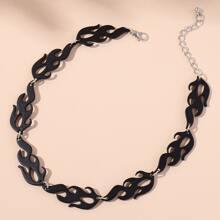 Halskette mit Flamme Design