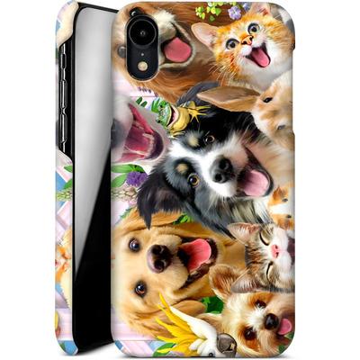 Apple iPhone XR Smartphone Huelle - Selfie Backyard Pals von Howard Robinson