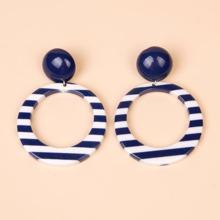 Hollow Out Stripe Drop Earrings
