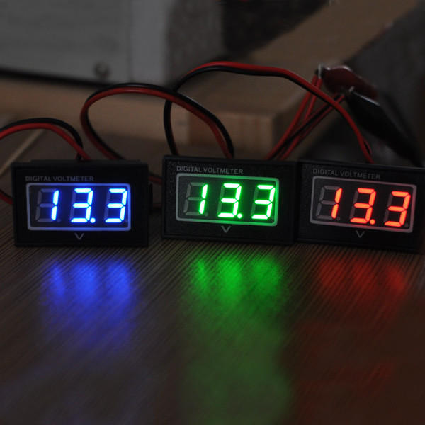 DC2.5-30V LCD Display Digital Voltage Meter Waterproof Dustproof 0.4 Inch LED Digital Tube