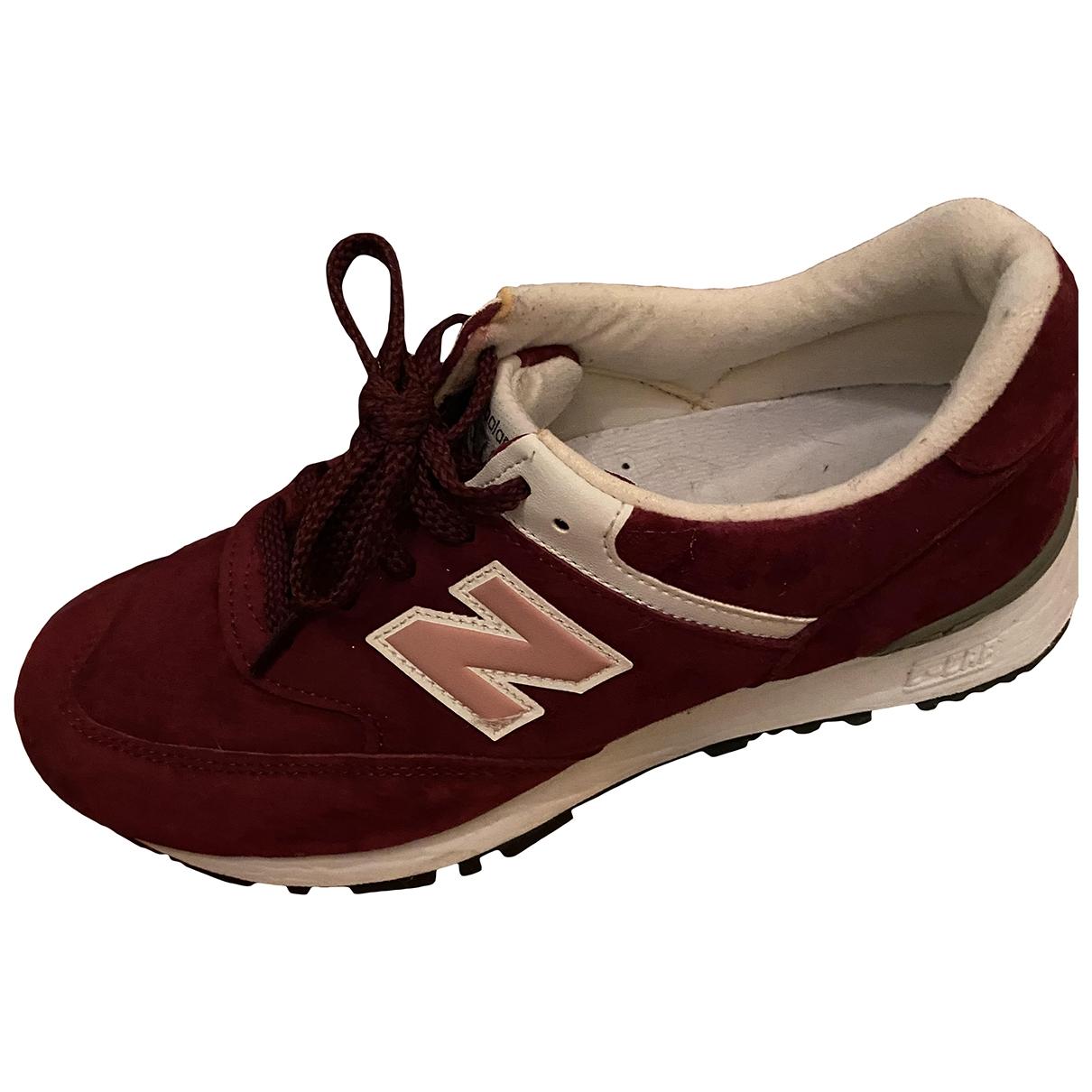 New Balance \N Sneakers in  Bordeauxrot Samt