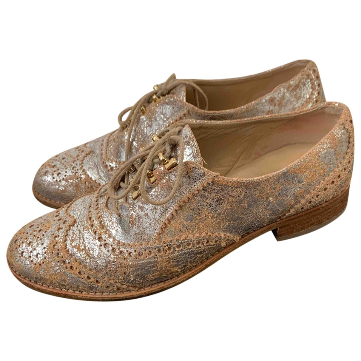Stuart Weitzman \N Gold Leather Lace ups for Women 37 EU
