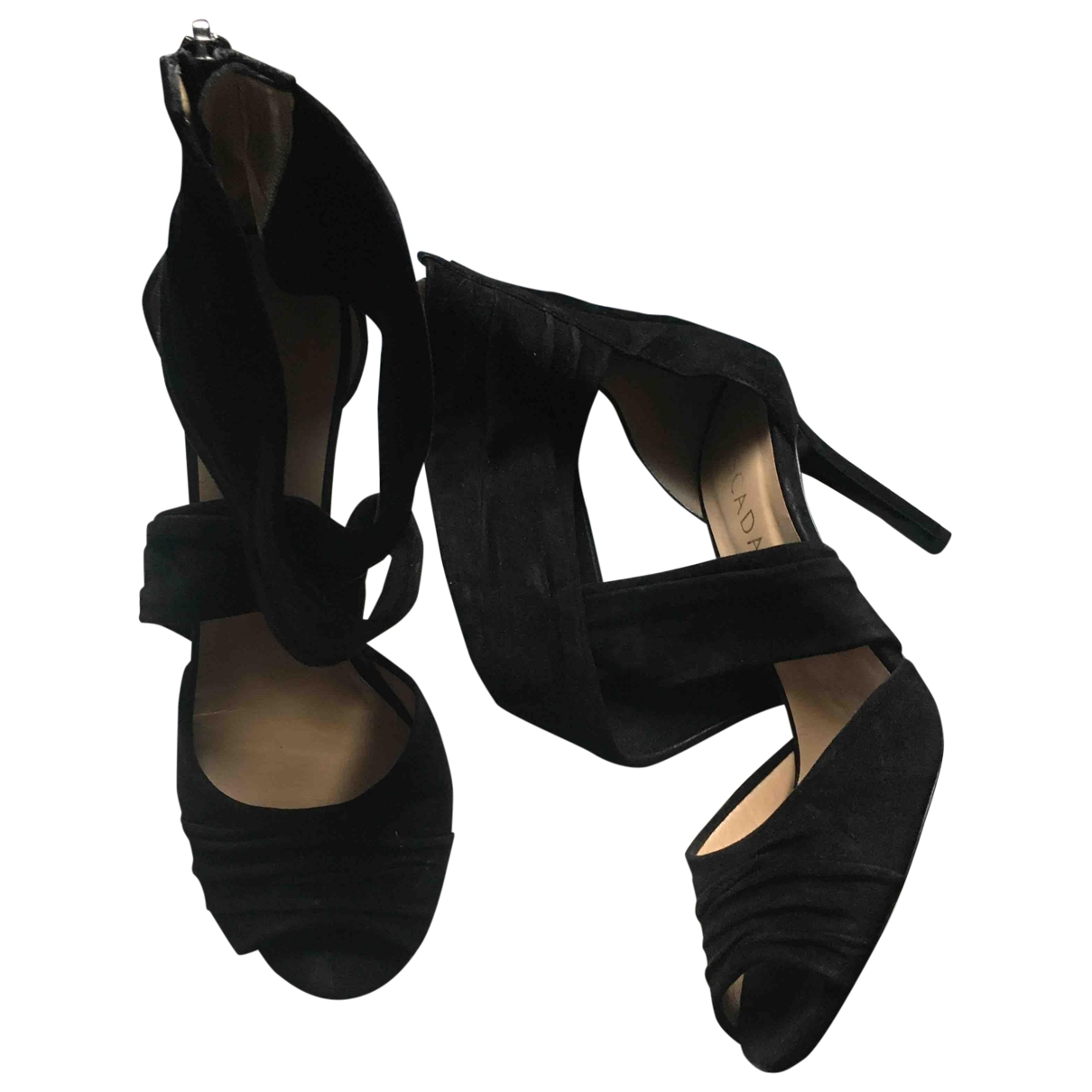 Escada \N Pumps in  Schwarz Veloursleder