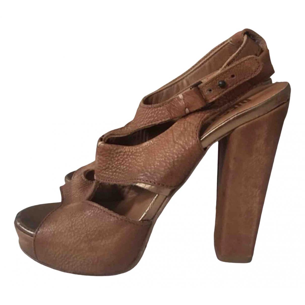 Diesel Black Gold - Sandales   pour femme en cuir - camel