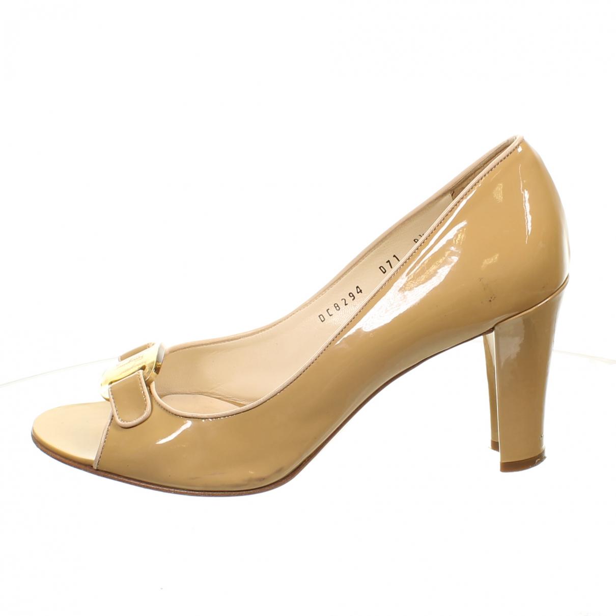 Salvatore Ferragamo \N Beige Patent leather Heels for Women 8.5 US