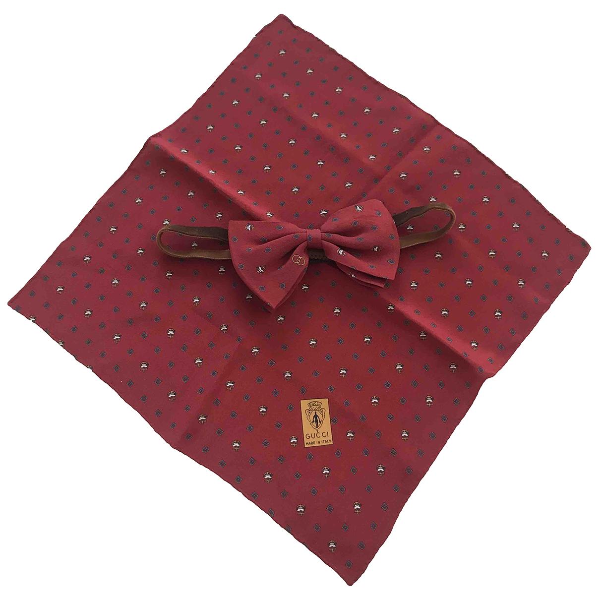Gucci \N Burgundy Silk Ties for Men \N
