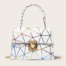 Bolso cartera con estampado geometrico