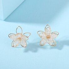 Girls Flower Design Stud Earrings