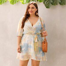 Kleid mit Batik Muster und Guertel