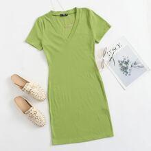 Strick einfarbiges Kleid mit V Kragen