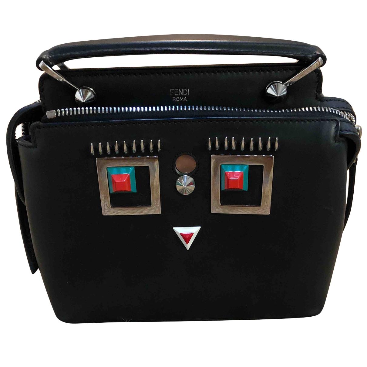 Fendi Dot Com Handtasche in  Schwarz Leder