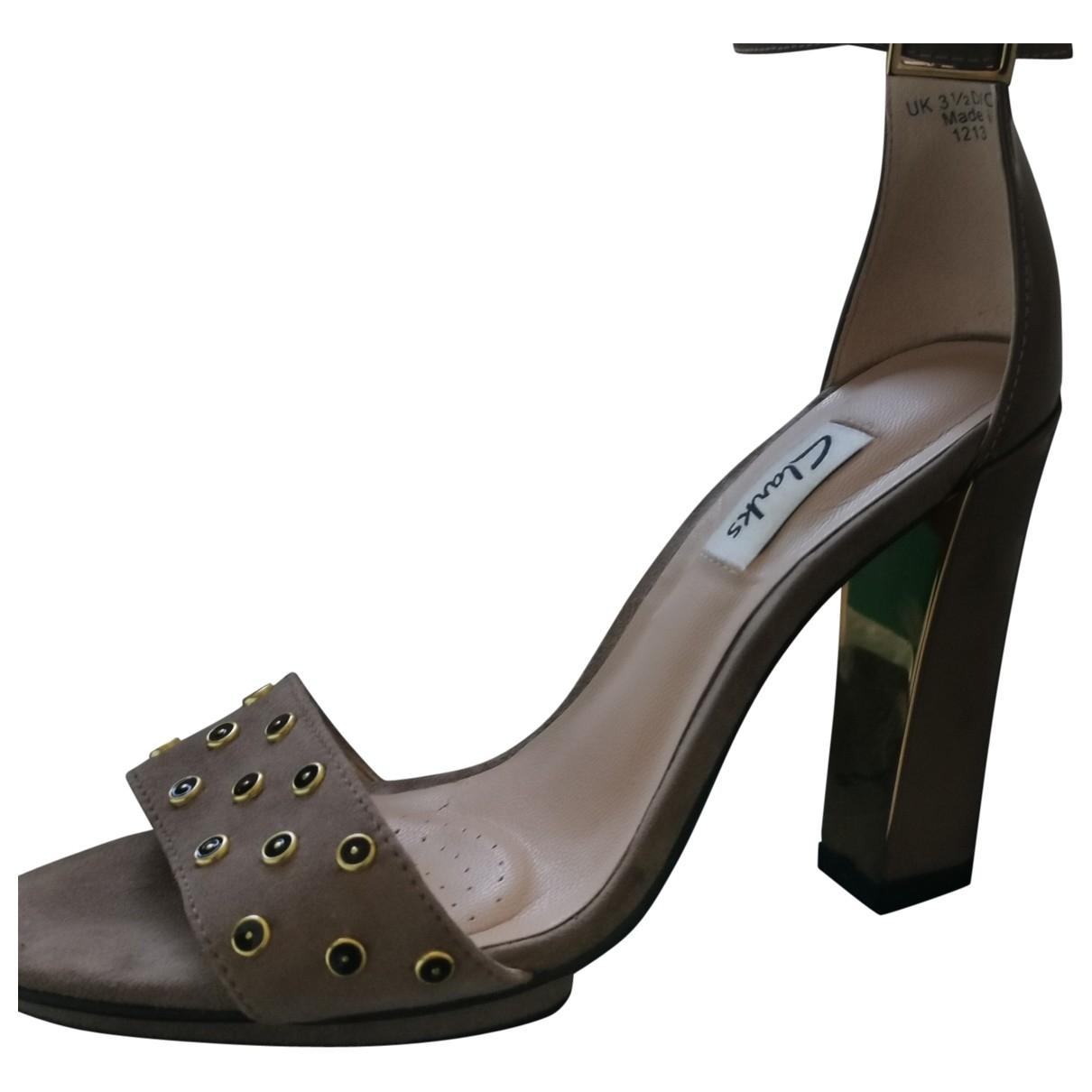 Clarks \N Sandalen in  Beige Leder