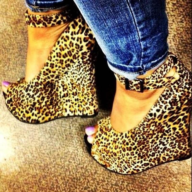 Ericdress Leopard Print Peep-toe Wedge Sandals