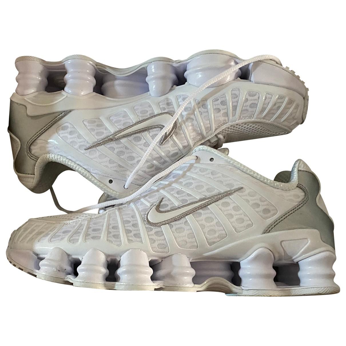Nike Shox White Cloth Trainers for Men 41 EU